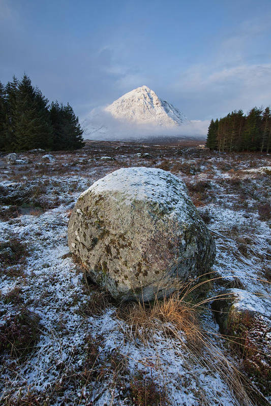 Rannoch Moor Art Print featuring the photograph Buachaille Etive Mor Sunlight by Paul Whiting