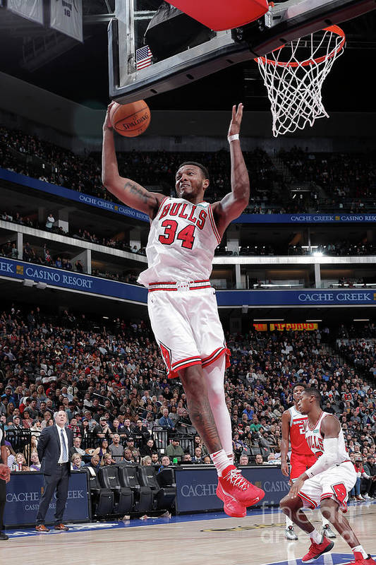 Chicago Bulls Art Print featuring the photograph Chicago Bulls V Sacramento Kings by Rocky Widner