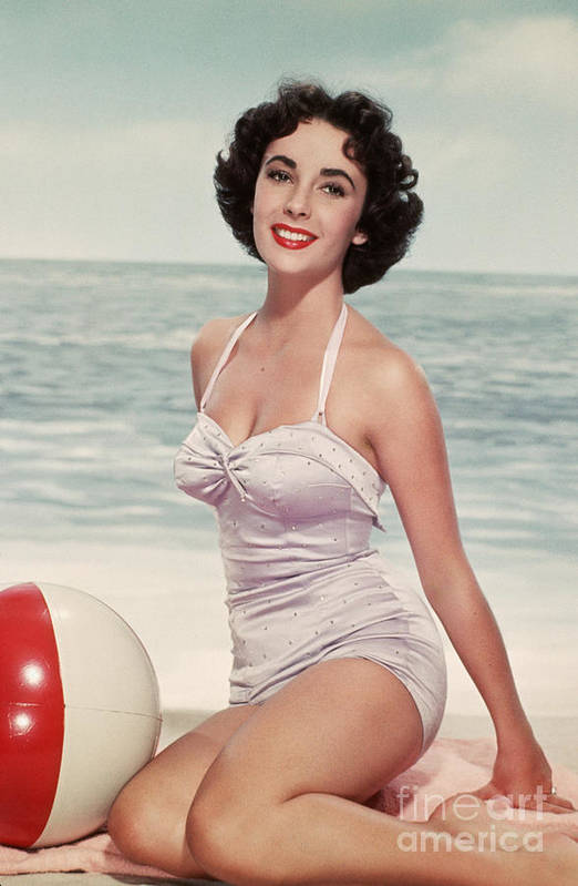 People Art Print featuring the photograph Elizabeth Taylor In A Bathing Suit by Bettmann