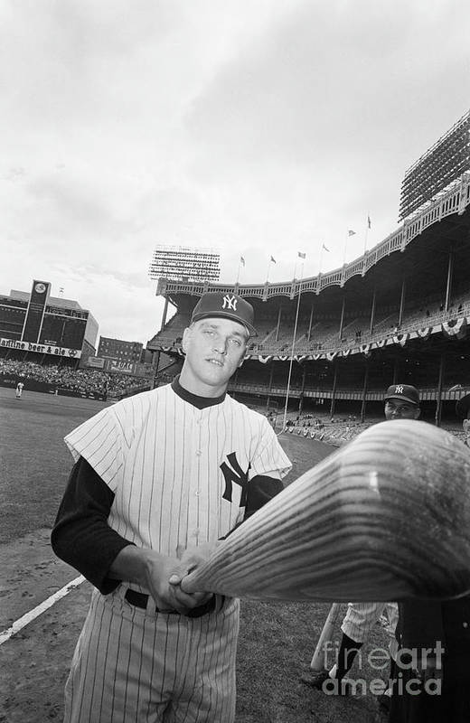 People Art Print featuring the photograph Roger Maris And His Bat, 1961 by Bettmann