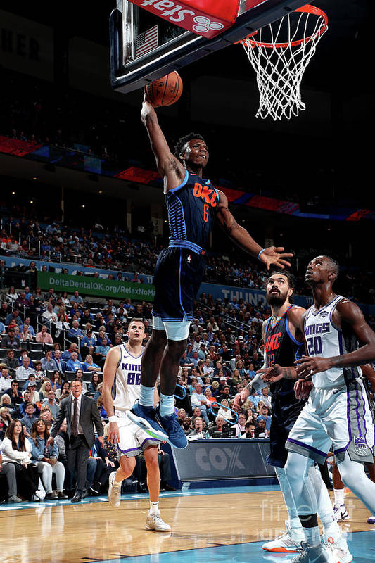 Nba Pro Basketball Art Print featuring the photograph Sacramento Kings V Oklahoma City Thunder by Joe Murphy