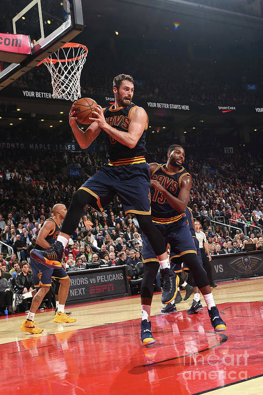 Nba Pro Basketball Art Print featuring the photograph Kevin Love by Ron Turenne