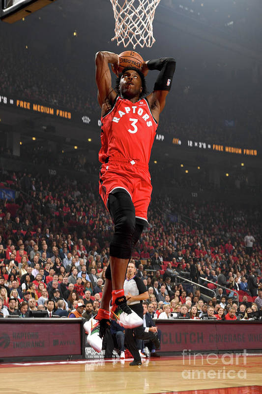 Nba Pro Basketball Art Print featuring the photograph Og Anunoby by Ron Turenne