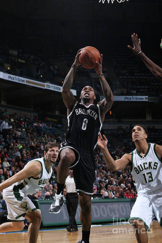 Nba Pro Basketball Art Print featuring the photograph Sean Kilpatrick by Gary Dineen