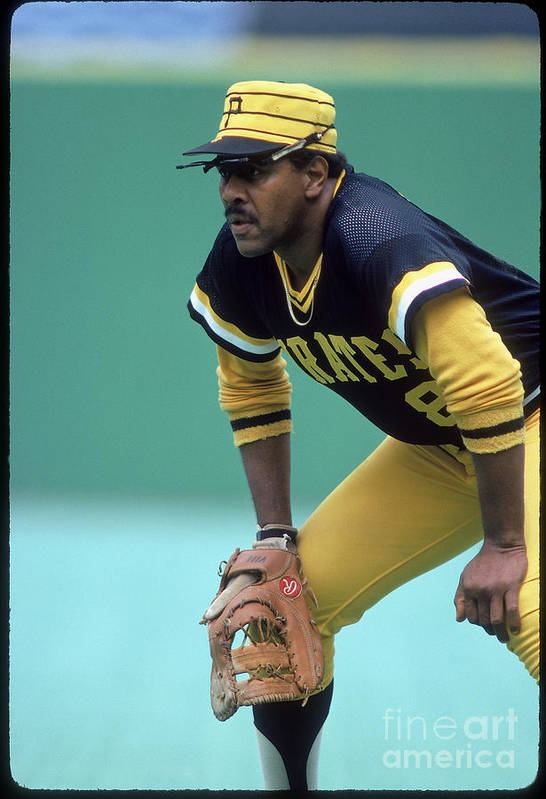 1980-1989 Art Print featuring the photograph Willie Stargell by Rich Pilling