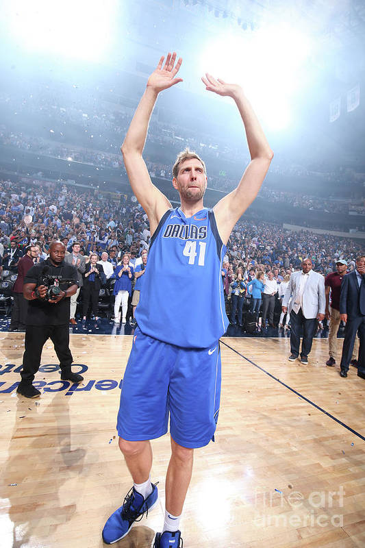 Crowd Art Print featuring the photograph Dirk Nowitzki by Nathaniel S. Butler