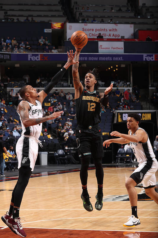 Nba Pro Basketball Art Print featuring the photograph Play-In Tournament - San Antonio Spurs v Memphis Grizzlies by Joe Murphy