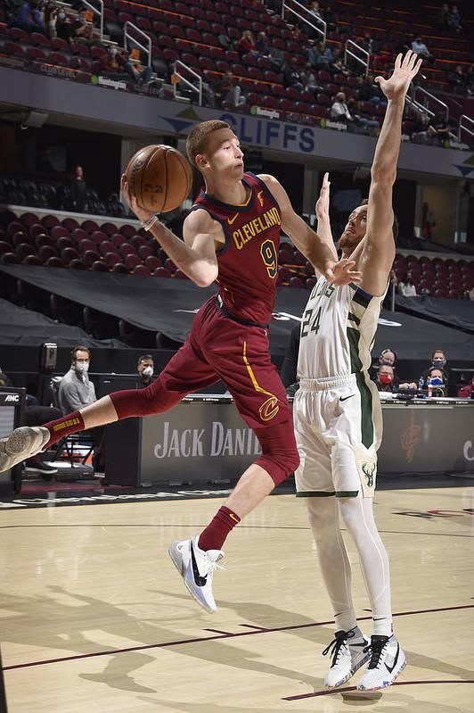 Nba Pro Basketball Art Print featuring the photograph Milwaukee Bucks v Cleveland Cavaliers by David Liam Kyle