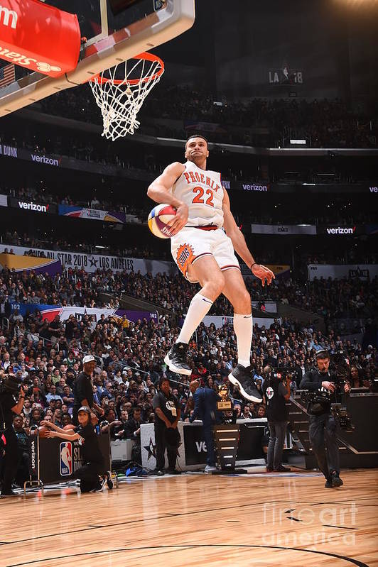 Event Art Print featuring the photograph Larry Nance by Andrew D. Bernstein