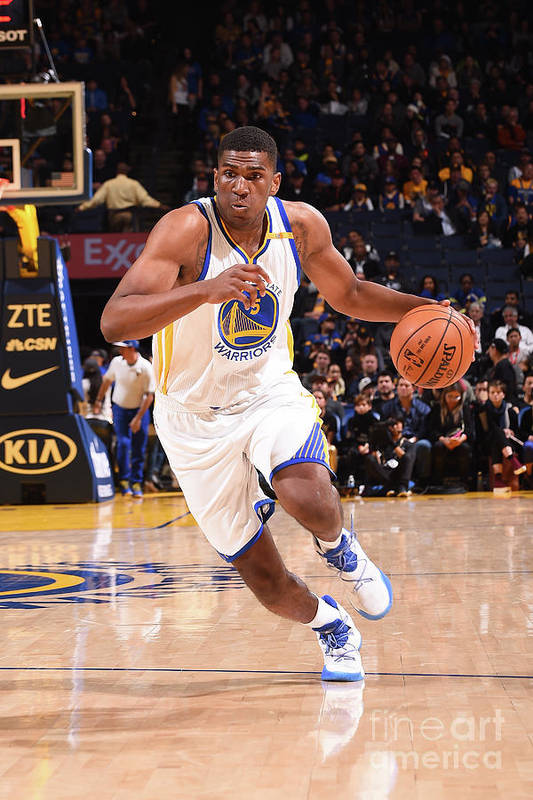 Nba Pro Basketball Art Print featuring the photograph Kevon Looney by Noah Graham