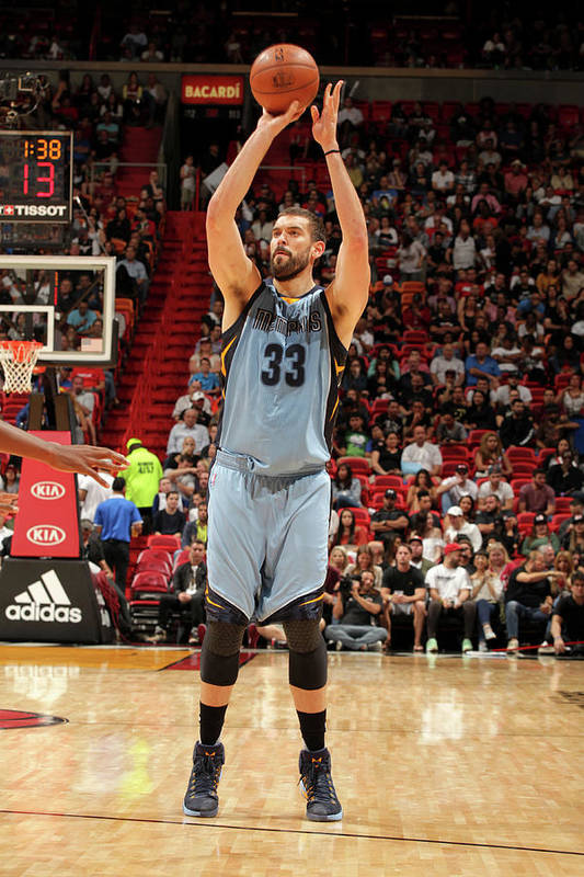 Nba Pro Basketball Art Print featuring the photograph Marc Gasol by Oscar Baldizon