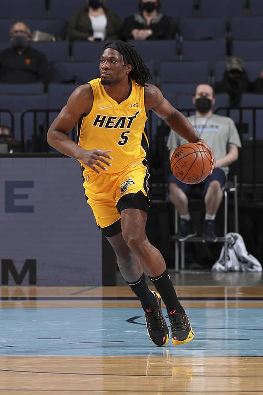 Nba Pro Basketball Art Print featuring the photograph Miami Heat v Memphis Grizzlies by Joe Murphy