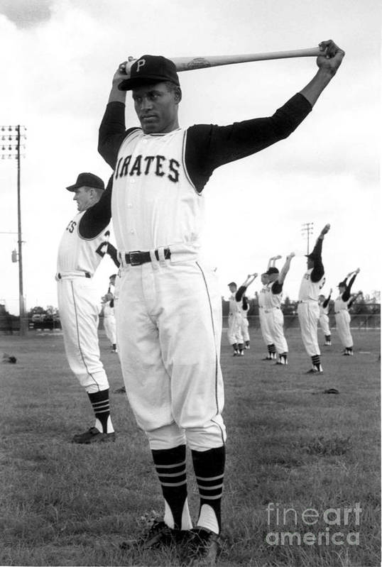 1950-1959 Art Print featuring the photograph Roberto Clemente by National Baseball Hall Of Fame Library