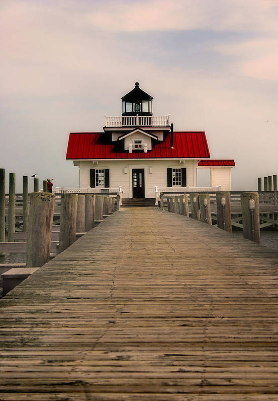 Manteo Art Print featuring the photograph Manteo Lighthouse by Cindy Haggerty
