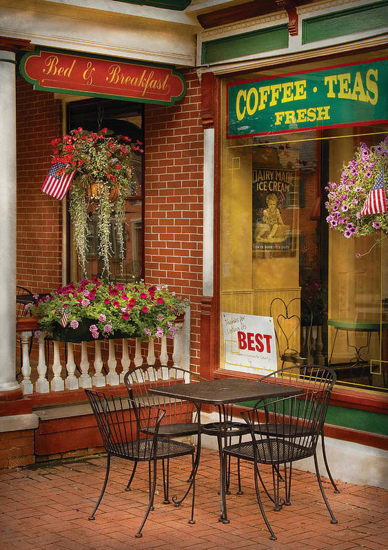 Ice Cream Art Print featuring the photograph Cafe - The Best Ice Cream In Lancaster by Mike Savad