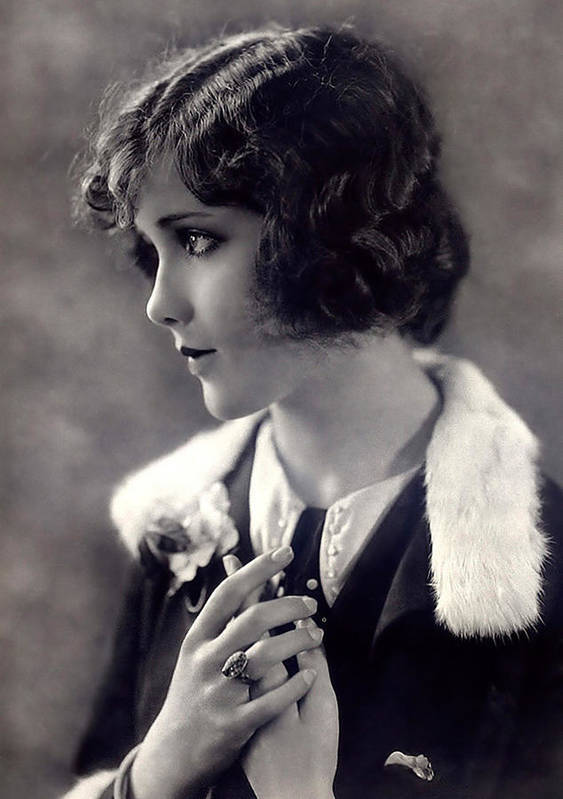 Silent Movie Star Female Woman Actress Girl Vintage Black White Bw Art Print featuring the photograph Silent Movie Star by Steve K