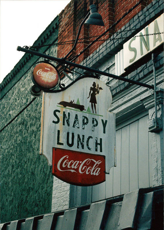 Sigh In Front Of Restaurant Art Print featuring the photograph Snappy's by Steve Godleski