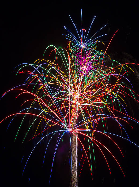Fireworks Lights Up The Darkness Print featuring the photograph Colorful Fireworks by Garry Gay