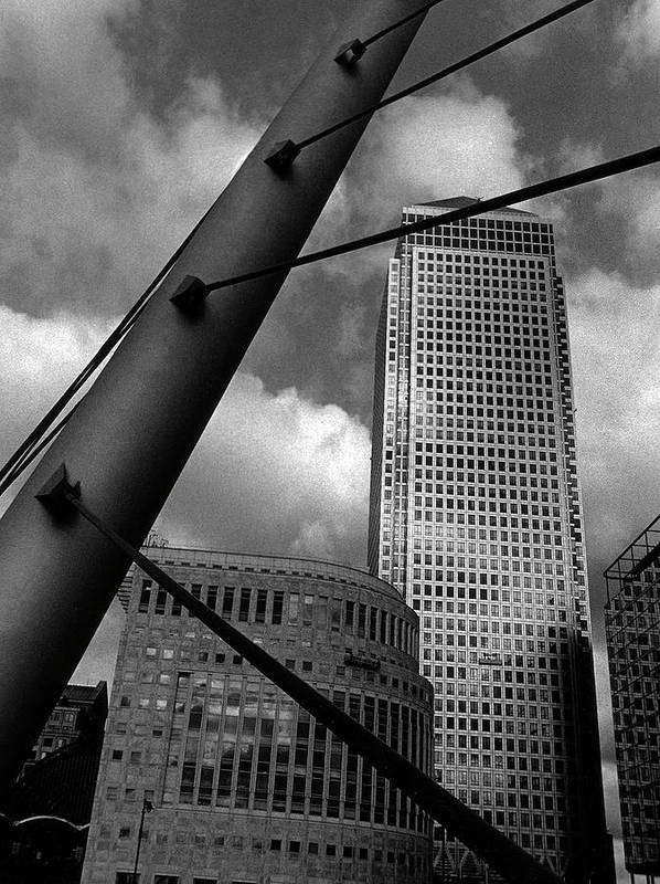 Canary Wharf Art Print featuring the photograph Canary Wharf London by David Rives