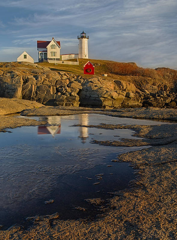 Nubble Lighthouse Art Print featuring the photograph Reflecting On Nubble Lighthouse by Susan Candelario