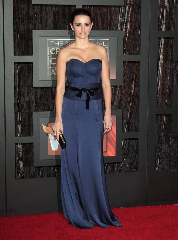 14th Annual Critics'' Choice Awards Art Print featuring the photograph Penelope Cruz At Arrivals For 14th by Everett