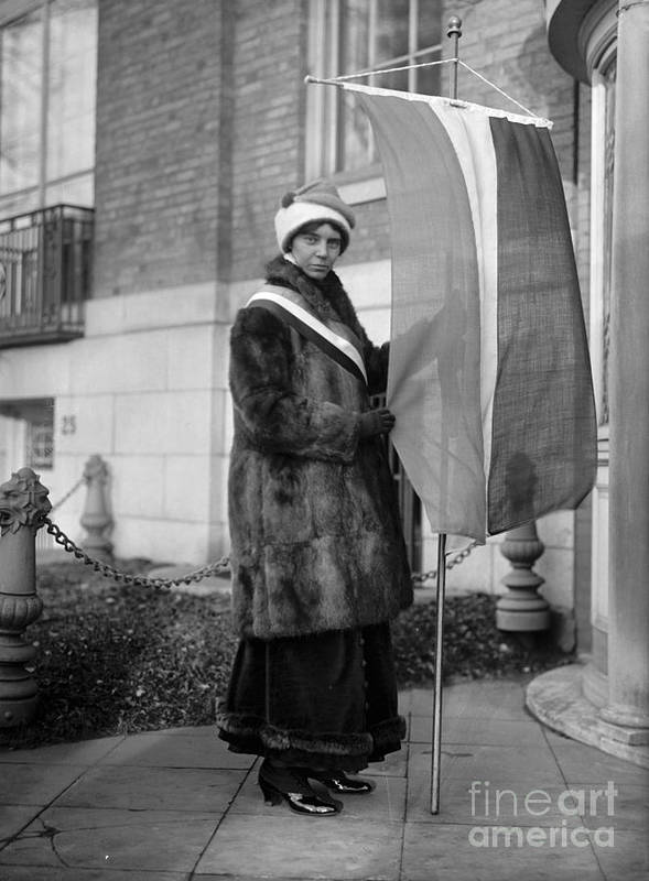 1917 Art Print featuring the photograph Alice Paul (1885-1977) by Granger