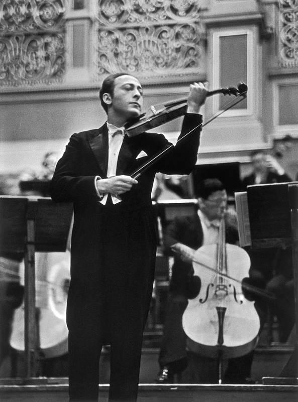 Violin Virtuoso Jascha Heifetz Standing Art Print