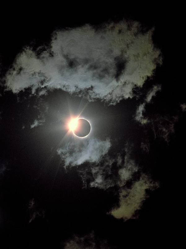 Sun Art Print featuring the photograph Total Solar Eclipse 5 by Babak Tafreshi/science Photo Library