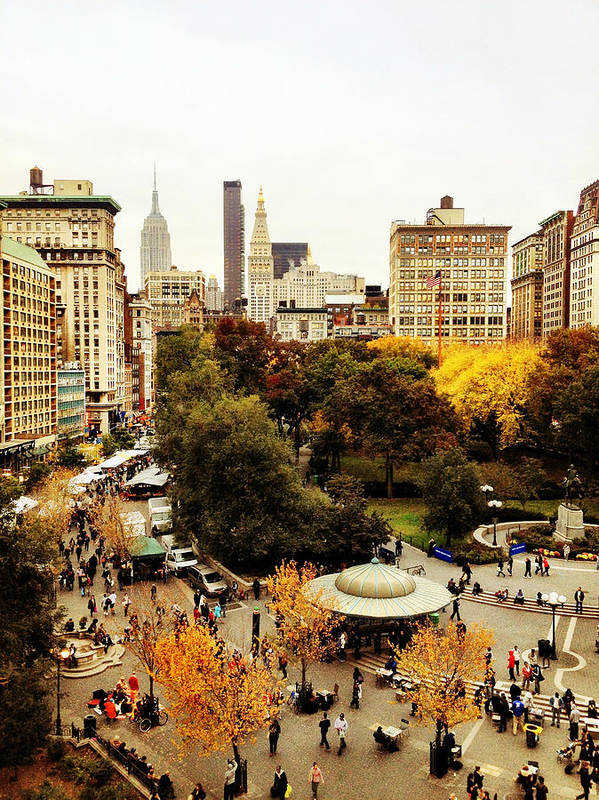Nyc Art Print featuring the photograph Autumn - New York by Vivienne Gucwa