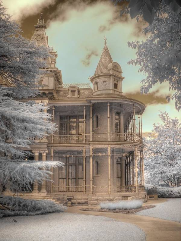 Littlefield Home Art Print featuring the photograph Littlefield Mansion by Jane Linders