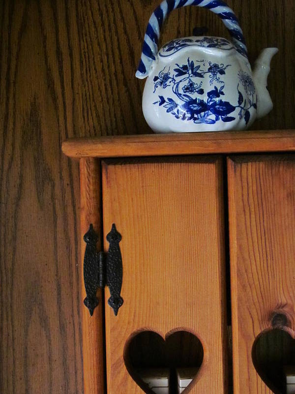 Teapot Art Print featuring the photograph Teapot On Cabinet by Guy Ricketts