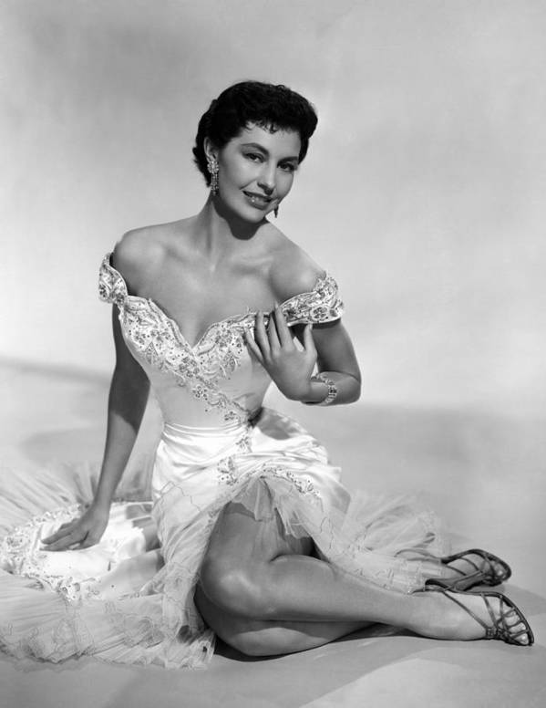 1950s Portraits Print featuring the photograph Cyd Charisse, Ca. 1950s by Everett