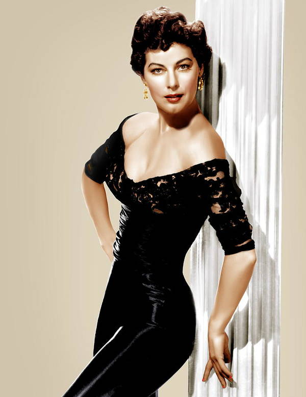 1950s Portraits Print featuring the photograph Ava Gardner, Ca. 1950s by Everett