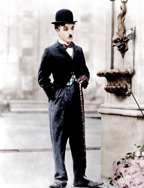 1930s Movies Art Print featuring the photograph City Lights, Charlie Chaplin, 1931 by Everett