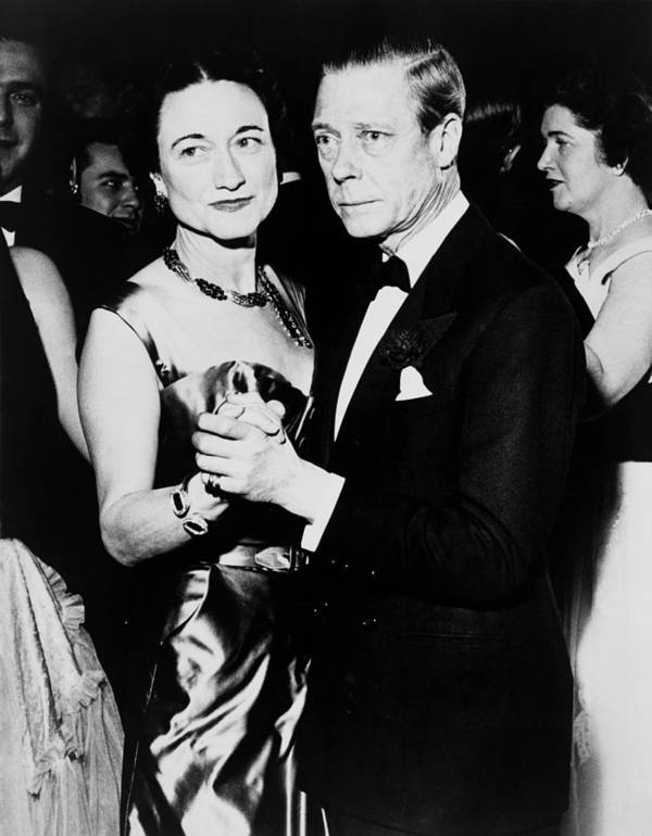 History Art Print featuring the photograph The Duke And Duchess Of Windsor by Everett