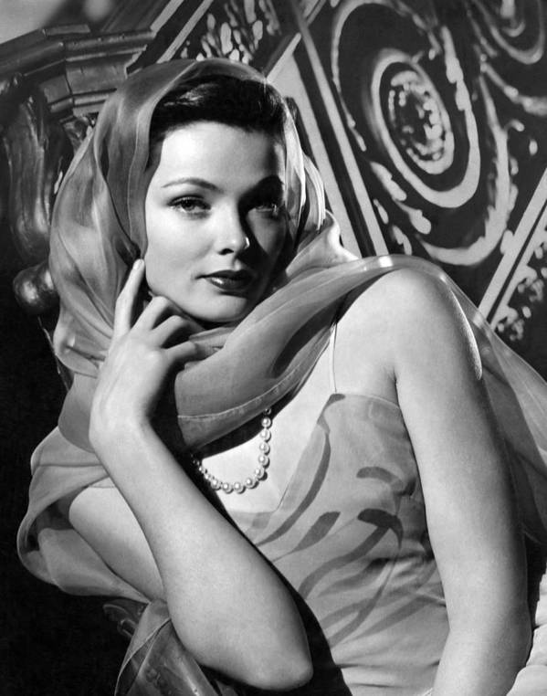 11x14lg Print featuring the photograph The Razors Edge, Gene Tierney, 1946 by Everett