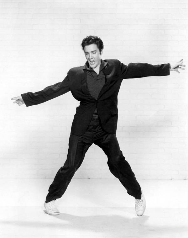 1950s Print featuring the photograph Elvis Presley by Everett