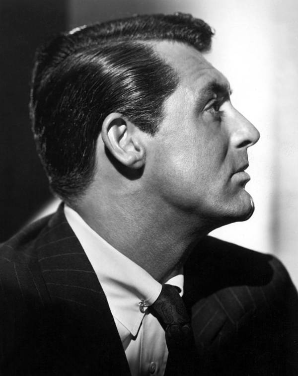 1940s Movies Print featuring the photograph Notorious, Cary Grant, 1946 by Everett