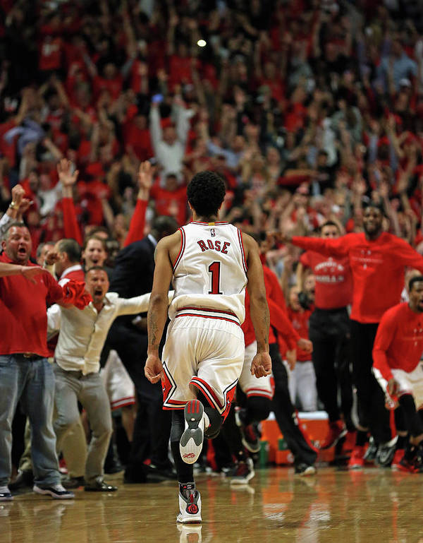 Chicago Bulls Art Print featuring the photograph Cleveland Cavaliers V Chicago Bulls - by Jonathan Daniel