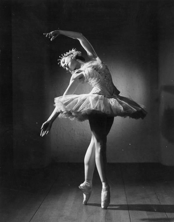 Ballet Dancer Art Print featuring the photograph Margot Fonteyn by Baron