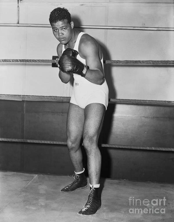 Young Men Art Print featuring the photograph Boxing Champion Joe Louis by Bettmann