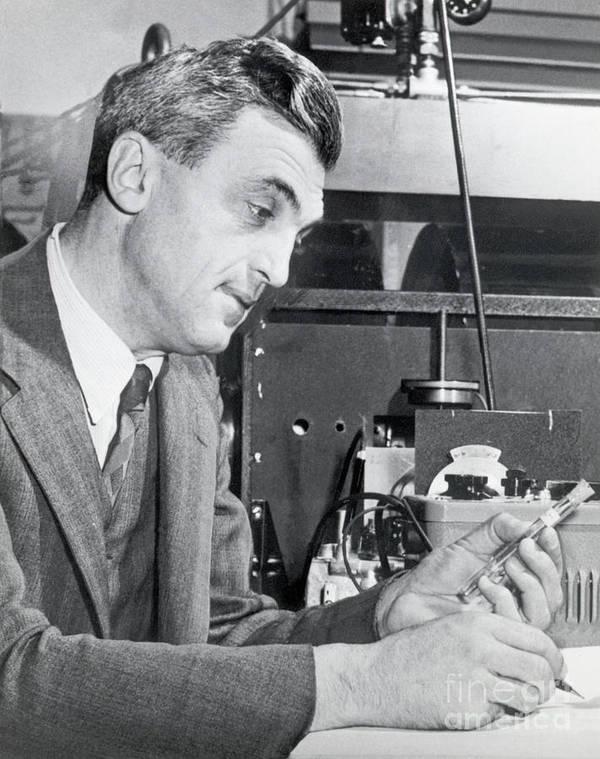 Physicist Art Print featuring the photograph Dr. Felix Bloch In A Laboratory by Bettmann