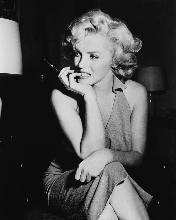 Marilyn Monroe Art Print featuring the photograph Marilyn Monroe by Keystone Features