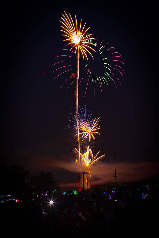 4th Of July Art Print featuring the photograph Light Up The Night by David Hahn