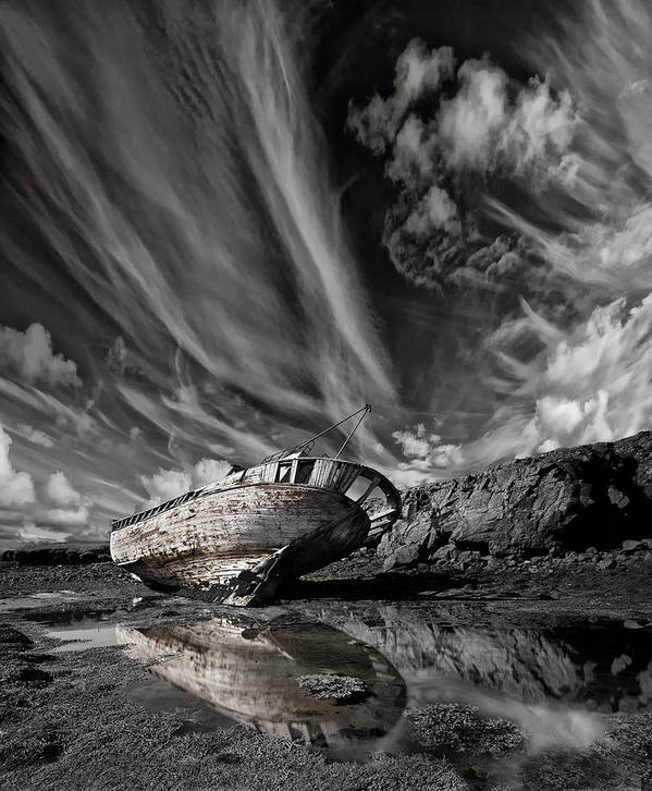 Wreck Art Print featuring the photograph Final Place (mono) by ?orsteinn H. Ingibergsson
