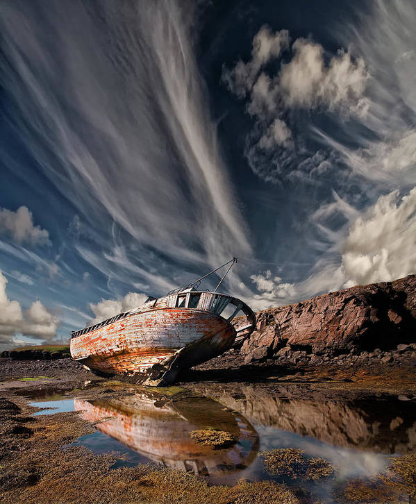 Wreck Art Print featuring the photograph Final Place by ?orsteinn H. Ingibergsson