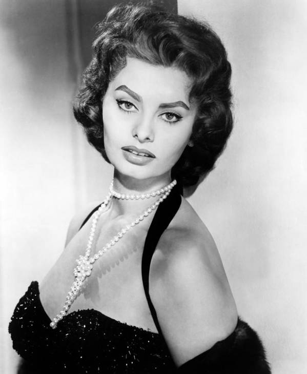 1950s Portraits Print featuring the photograph Sophia Loren, Portrait Circa 1957 by Everett