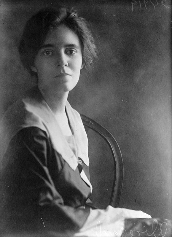 1918 Art Print featuring the photograph Alice Paul by Granger