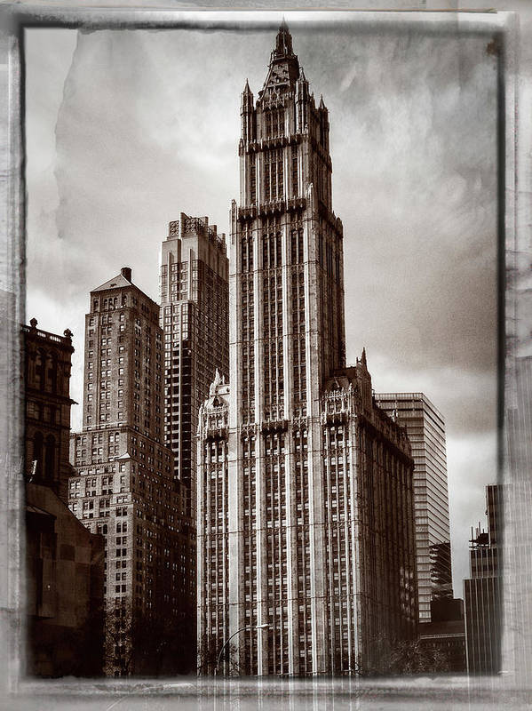 Cathedral Of Commerce Art Print featuring the photograph Woolworh Building 2008. by Frank Winters