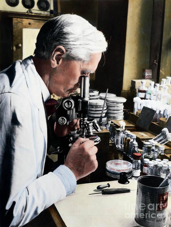 Microscope Art Print featuring the photograph Alexander Fleming At Microscope by Bettmann